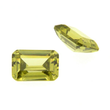 Zirkonia olive achteck step cut 7 x 5 mm